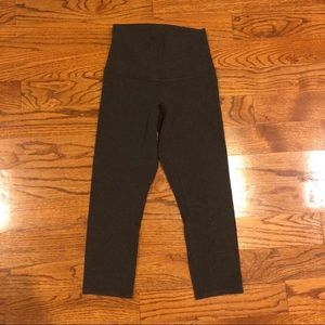 Lululemon dark grey rolldown Wunder Under leggings